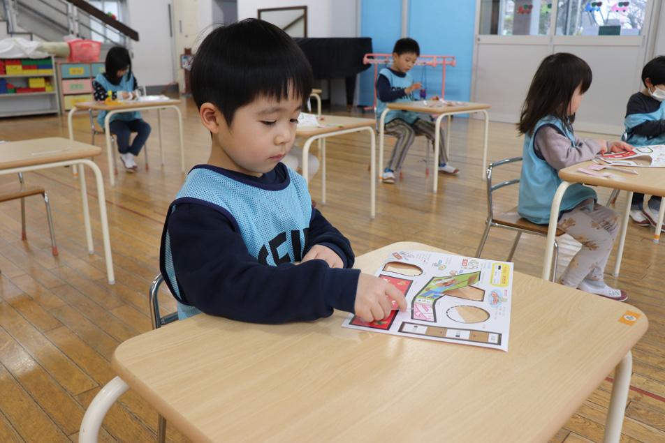 活動(絵画)